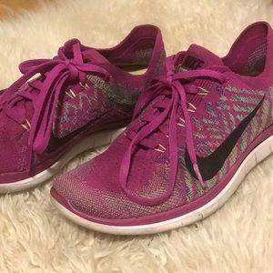 Pink Nike Flyknit
